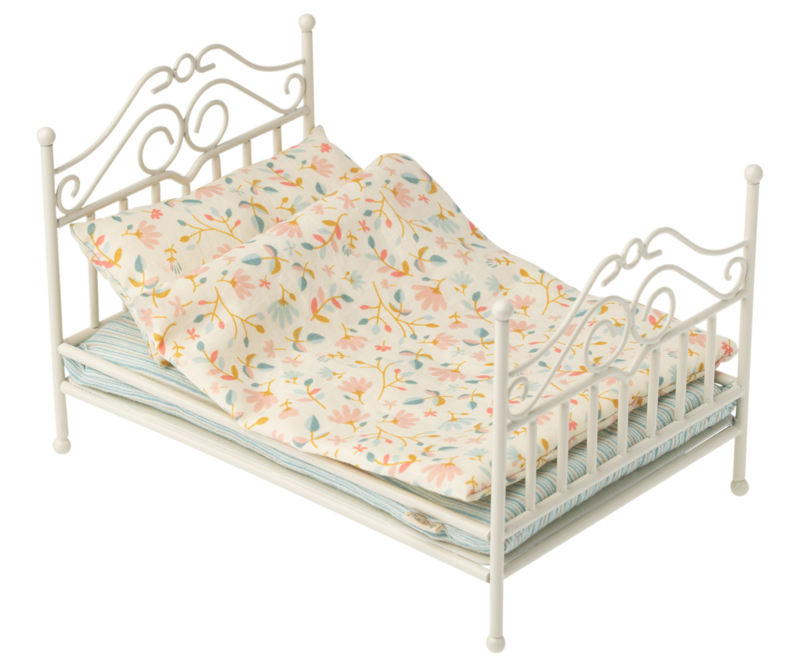 Maileg vintage bed baby, off-white