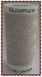 Gutermann naaigaren kleur 299