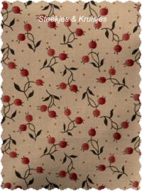 Bed of Roses Berry Bisque van Edyta Sitar