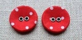 Stofknoop rood met wit stipje 11 mm