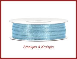 Smal zachtblauw satijnlint 3 mm breed