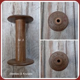 Oude houten klos no. 3