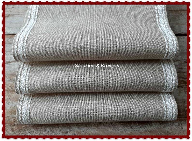 Vaupel linnen band breed 200 mm met witte jacquard rand