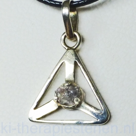 Diamant ruw  hanger in  (925) zilver Triangel p.st.