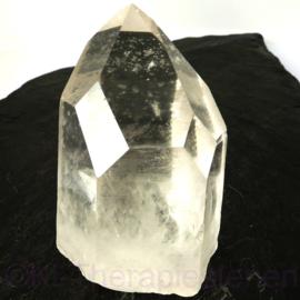 Bergkristal, Venster kristal, Time Link én Isis  - op standvlak