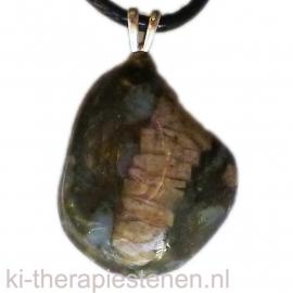 Que Sera Stone of Vulkaniet  edelsteen hanger