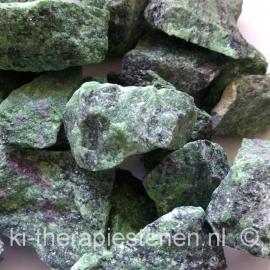 Robijn-Zoisiet  ruw  4-6 cm