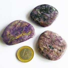 Charoiet, platte edelsteen ca 29 gr.