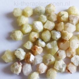 Rhodiziet Meesterkristallen uit Madagaskar,  ø 6, 7, 8 of 9 mm per stuk.*