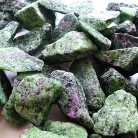 Zoïsiet-Robijn Waterstenen 100/200 gram voor watervitalisatie
