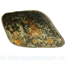 Glaukophaan met granaat trommelsteen (XL) trommelsteen p.st.
