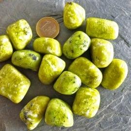 Lizardiet,  Noorse Jade, trommelsteen (M-L) per st.*