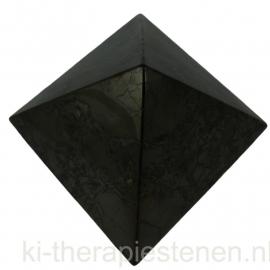 Shungiet, piramide 10 cm, in Luxe geschenkverpakking
