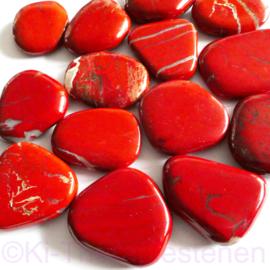 Jaspis, Rood platte edelsteen Groot ca. 4,5 cm per st.*