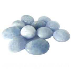 Calciet: Blauwe calciet trommelsteen A Q. (XL-XXL) per st.*
