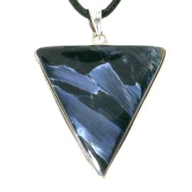 Pietersiet A-kwaliteit  Zilveren hanger (driehoekig) 1x uniek ex.