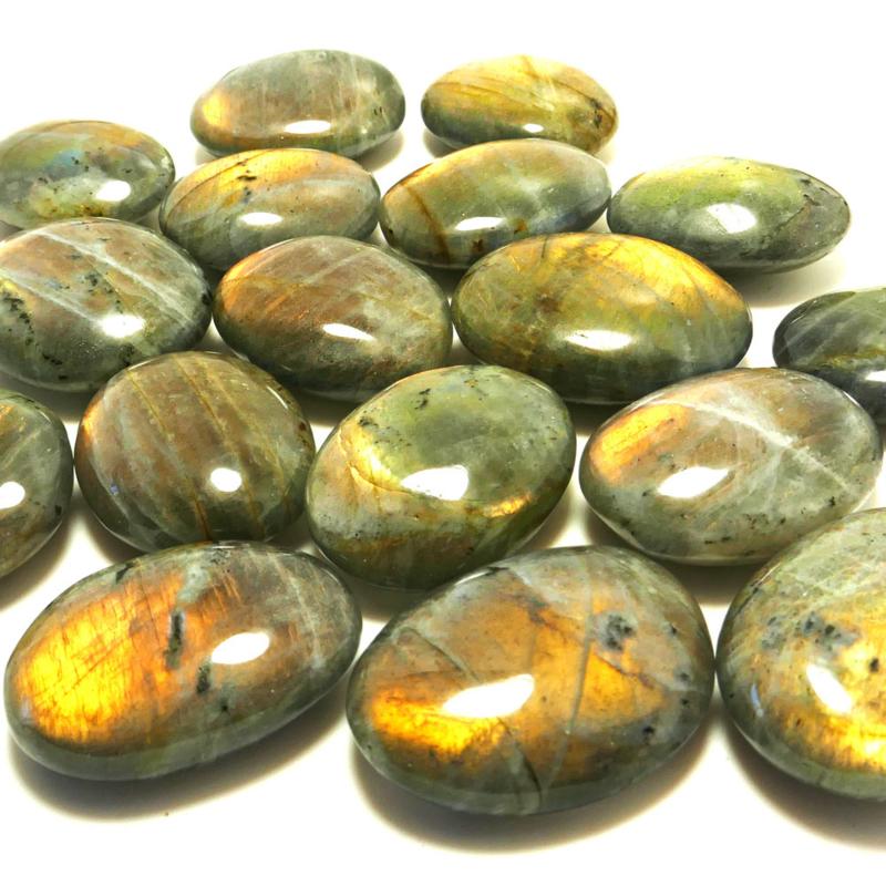 Labradoriet 'Fire' platte edelsteen Ovaal L.  ø ca 3-3,5 cm per st.*