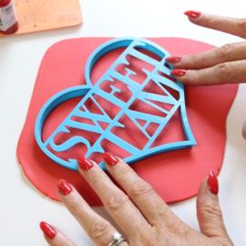 Sweet Stamp HEART CUTTER / HART UITSTEKER voor canvas taarttopper