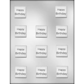 Vierkanten  chocolade plakjes met de tekst Happy Birthday