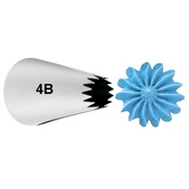 #4B Wilton Tip Open star Carded