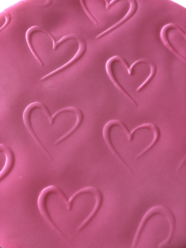 Open Hearts Impression Mat 30x15 cm