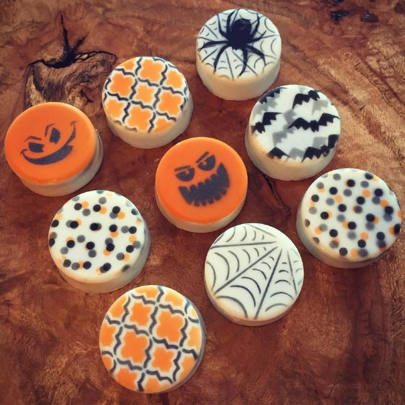 333119 Cookie Countess Stencil build a pumpkin1