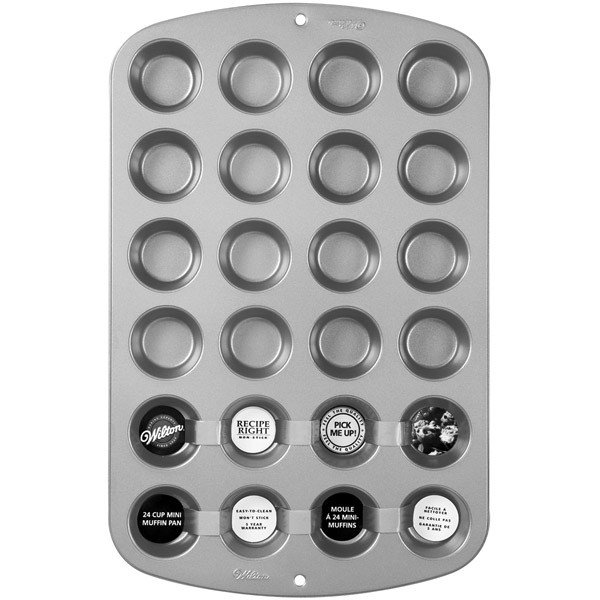 018099 Wilton Recipe Right® 24 Cup Mini Muffin Pan