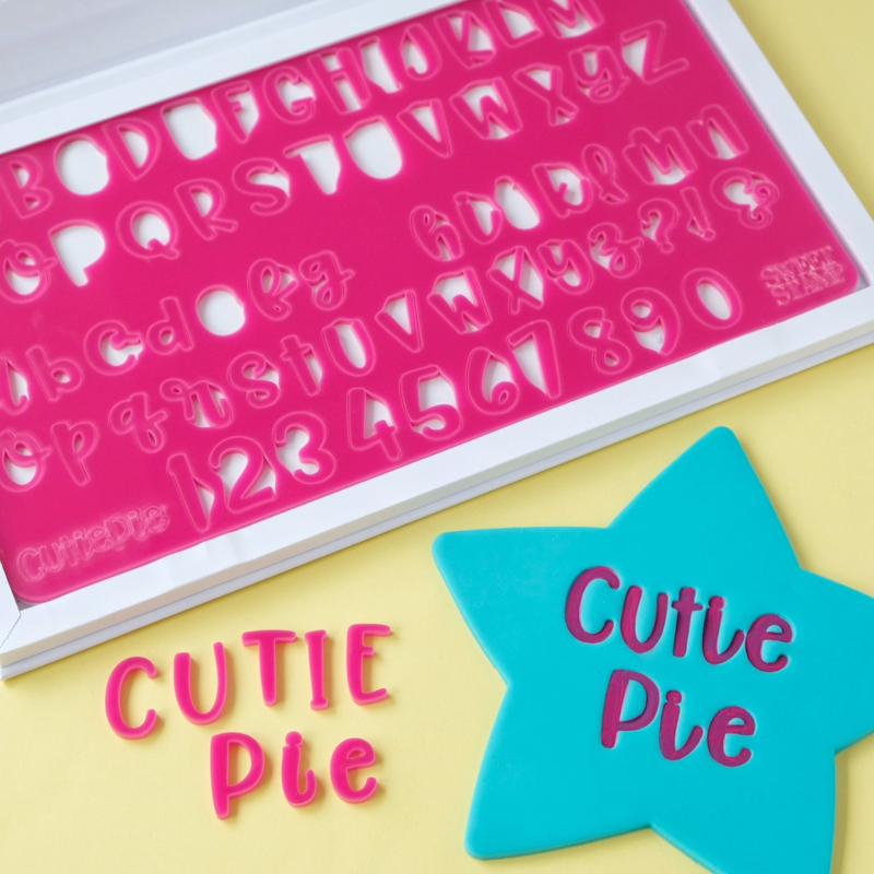 CUTIE PIE full set en opbergbox Upper & Lowercase Numbers  & Symbols SweetStamp