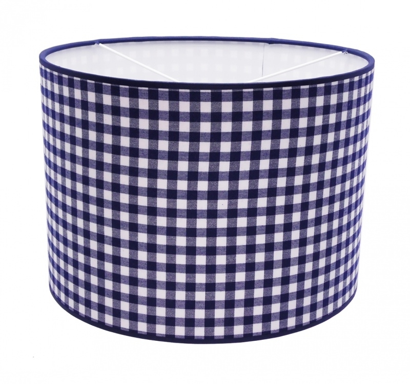 darkblue / white checkered medium