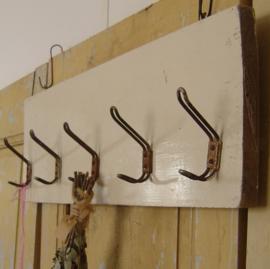 Kapstok hout origineel metalen haken industrie