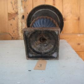 Vaas louvre zwart metaal sier decoratie 32 cm