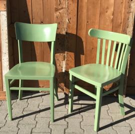 Eetkamer stoel cafe hout oud groen brocante