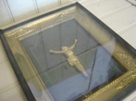 Crucifix kruis beeld Jezus in lijst met glas origineel