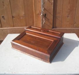 Schrijfkist reiskist lessenaar hout antiek
