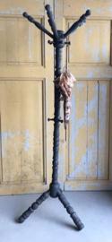Kapstok staand grijs hout brocante diverse haken 176 cm