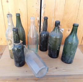 Oude flessen drankflessen groen blank diversen