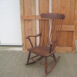 Schommelstoel hout origineel bruin
