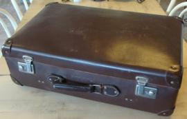 Koffer donker bruin 68 x 38 origineel