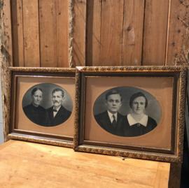 Oude lijsten hout 61 x 50 met oude foto's origineel