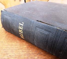 Bijbel 1930 origineel 21 x 15 x 5 fraaie kaft