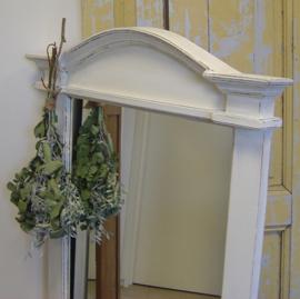 Spiegel 80 x 130 lijst hout wit brocante VERKOCHT