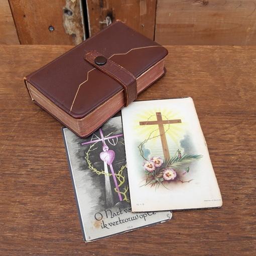 Psalmen gezangen boek 1938 met 2 bidprenten