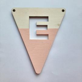 roze houten vlag E