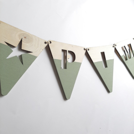 Naamslinger groen houten vlag