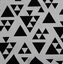 Vlag, wit met zwarte driehoeken