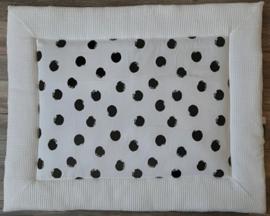 boxkleed wit met zwarte stip