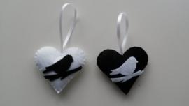 Hartjes zwart wit met vogeltje set van 2