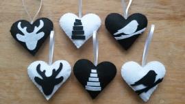 Setje van 6 hartjes zwart wit