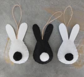 Osterhase  in schwarz / weiß