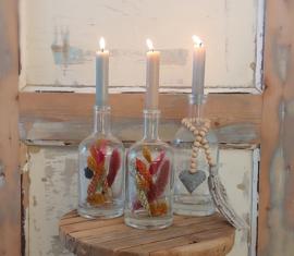 Aanbieding 1: 3 kandelaars  ( 2 gevuld met droogbloemen)+  6 dinerkaarsen in kleur naar keuze